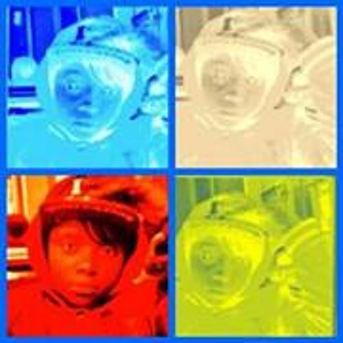 Geany Crombie's avatar