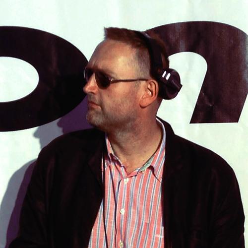 DJ Tom Hunter's avatar