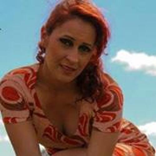 Suzy Carvalho 1's avatar