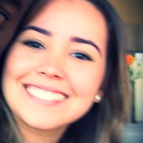 Juliana G Paixão's avatar