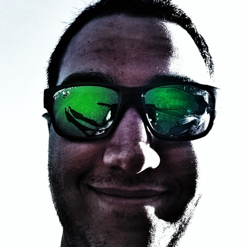 Chris Jayasinghe's avatar