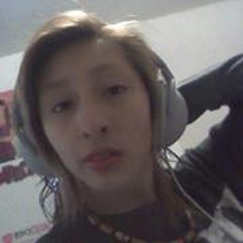 Stephanie Castro 27's avatar