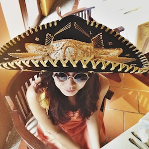 Niki Torres's avatar