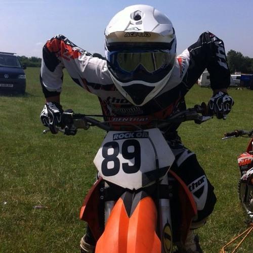 Ricky Hughes 8's avatar