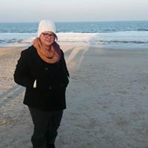 Caroline Dettmann's avatar