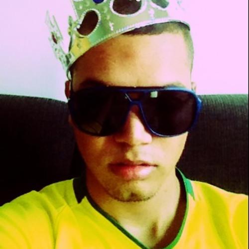 CesarW7's avatar