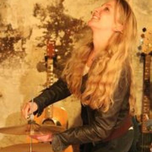 Amanda Bfr's avatar