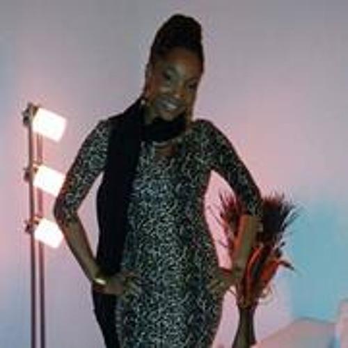 Tiffany Risque's avatar