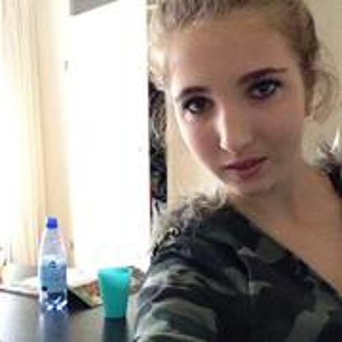 Lesley Broers's avatar