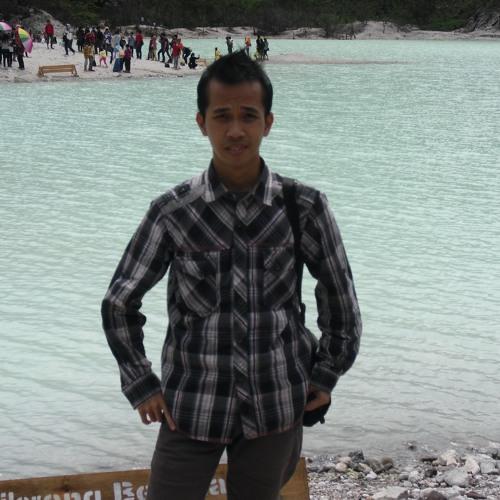 hilmy_14's avatar