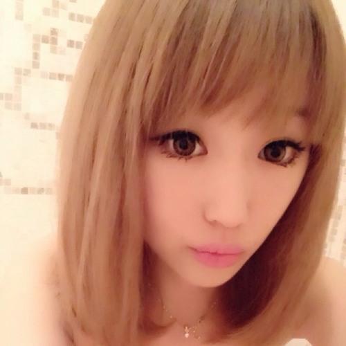 Yomiiii's avatar