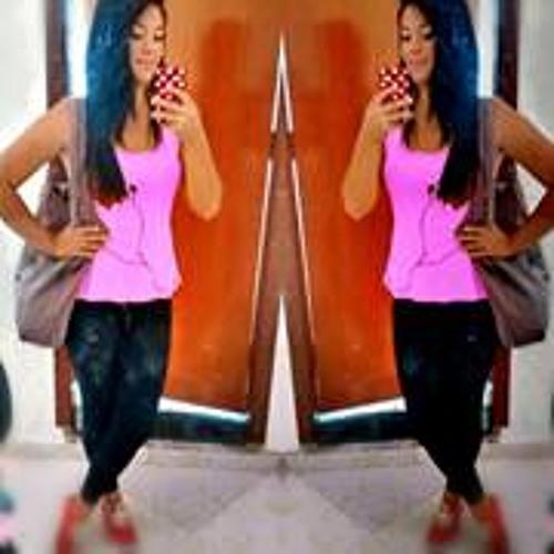 Letícia Nascimento 42's avatar