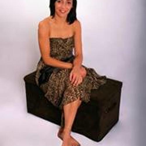 Vera Ferreira 13's avatar