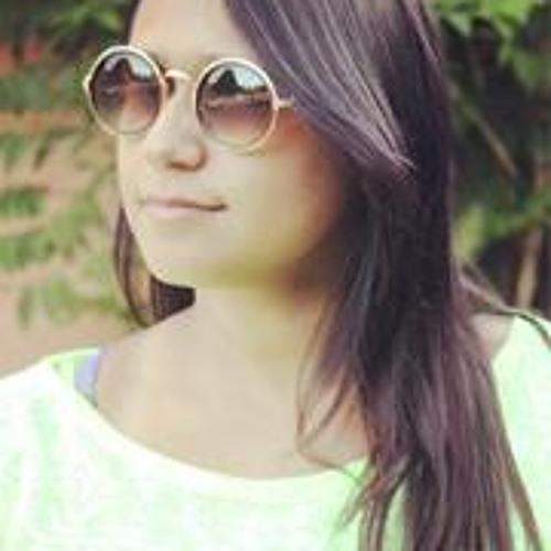 Nanda Almeida 3's avatar