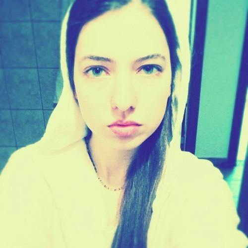 Ruya Helin's avatar