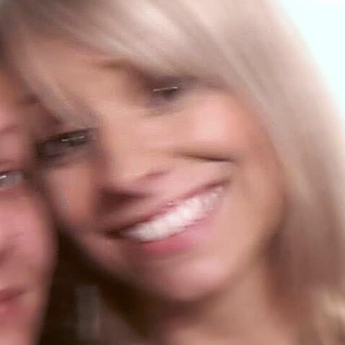 Lucy Morgan 8's avatar