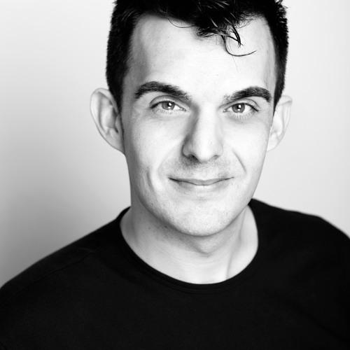 AARON MONTEVERDE's avatar