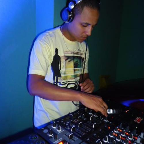 Dj-Smart Renato Alexandre's avatar