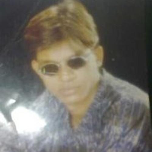 Yakeen Khan's avatar
