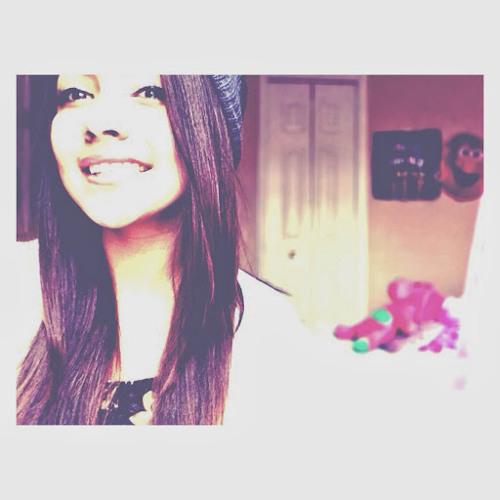 Samantha Mostajo's avatar