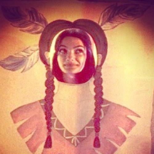 Tara Emad's avatar