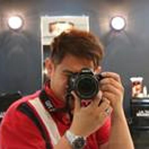 James Lim 48's avatar