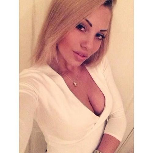 Alena Golos's avatar