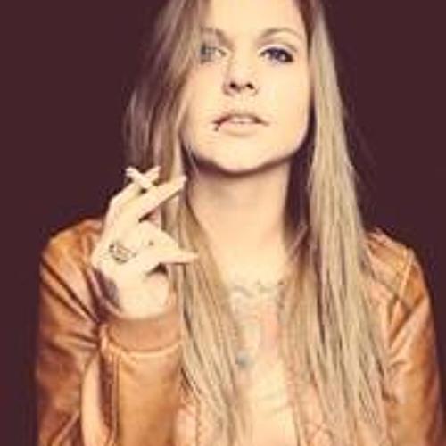 Heidi Schomus's avatar