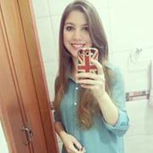 Laura Oliveira 39's avatar