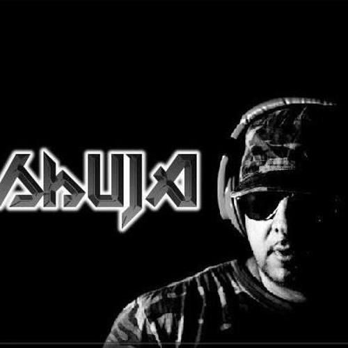 DJ Shuja's avatar