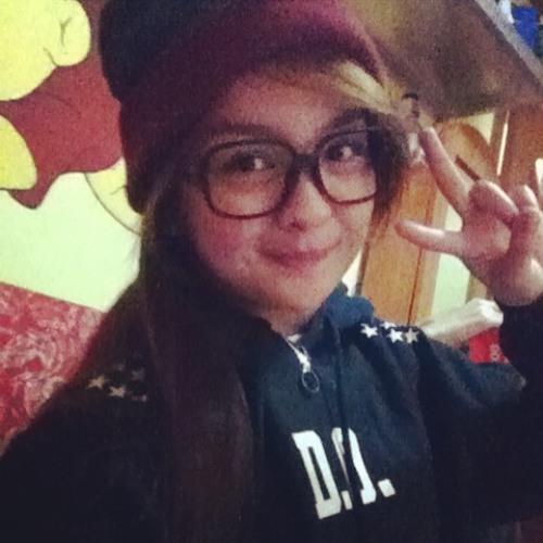 Ella Deverson's avatar