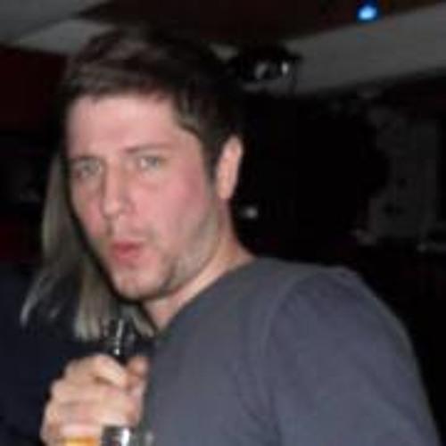 Dan Corris's avatar