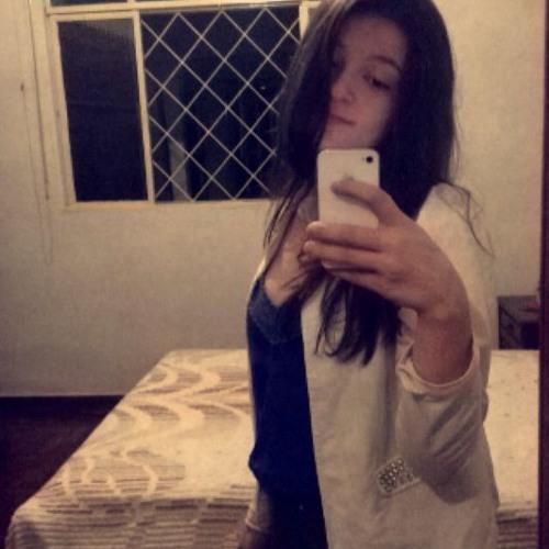 Julia Toledo 1's avatar