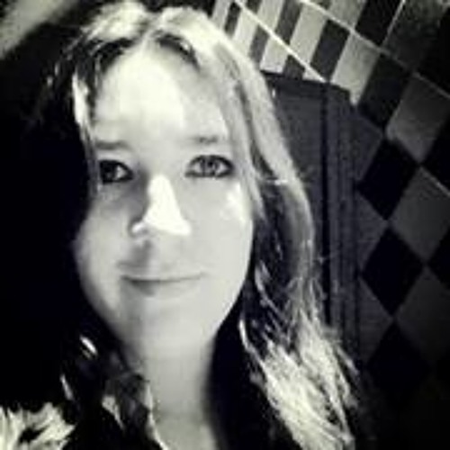Barbara Ravena Cardoso's avatar