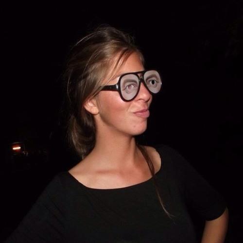 Beth VB's avatar