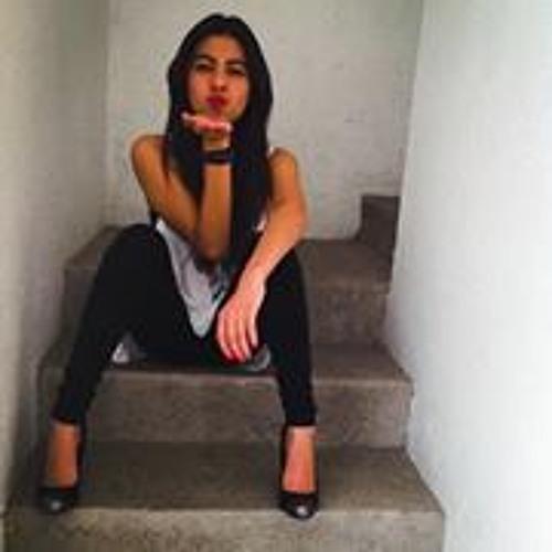 Andrea Vega 33's avatar