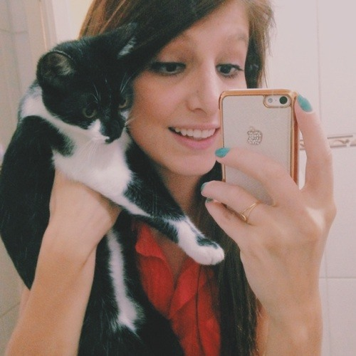 Gabriela Priscila's avatar
