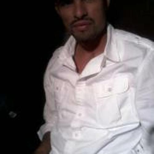 Rafael Peña 30's avatar