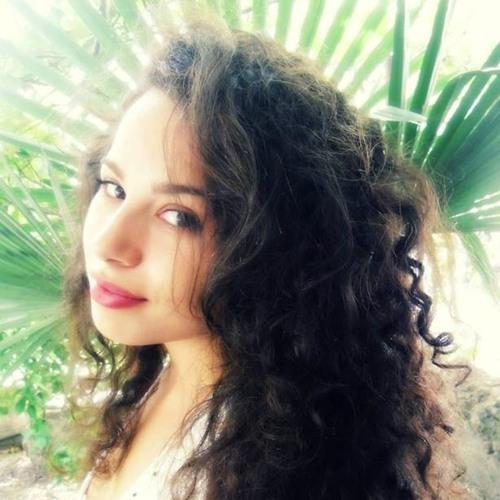 Irida Demo's avatar