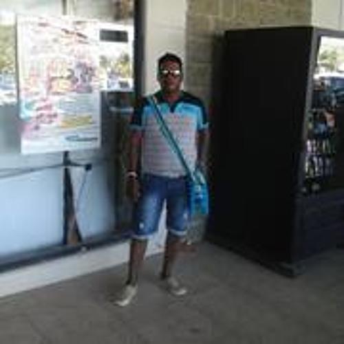 Omar Romero 38's avatar