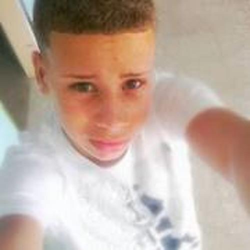 Michael Estrella 7's avatar
