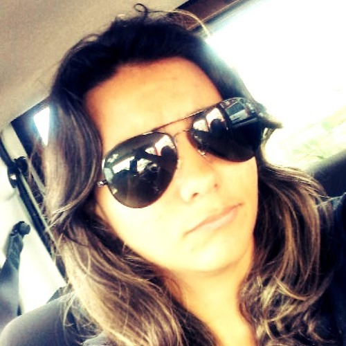 Ana Luiza Corrêa 3's avatar