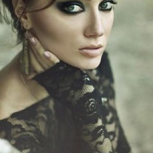 Ashley Khattak's avatar