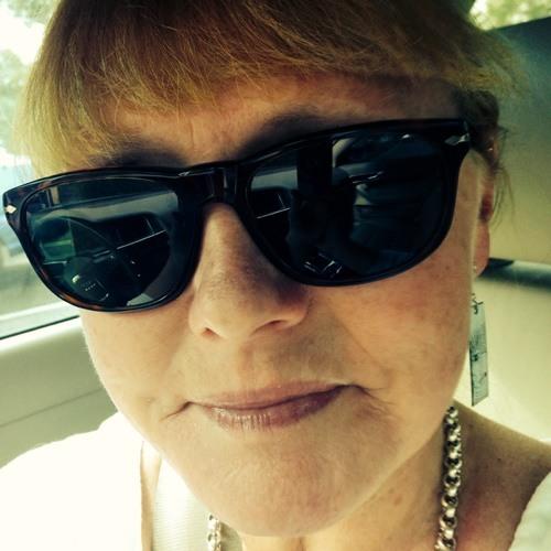 Carol Sheldon's avatar