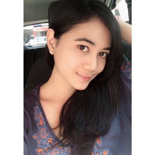 isnina saraswati's avatar