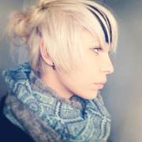 Amie Stoltz's avatar