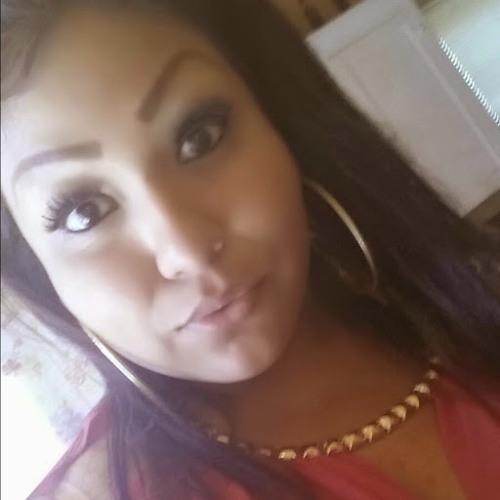 yasmin Manzano 1's avatar