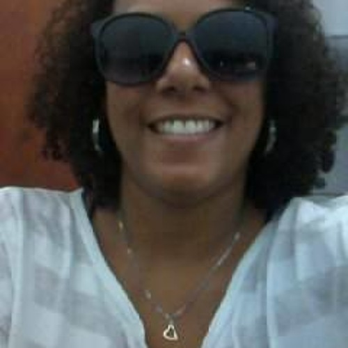 Lívia Lima82's avatar