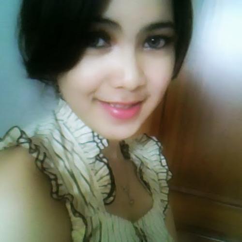 Putri Wiraswati's avatar