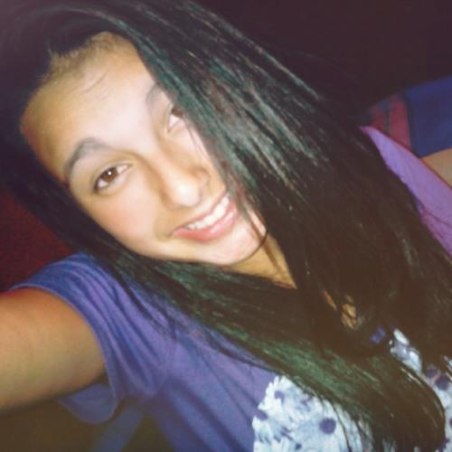 yuliana13rivas's avatar